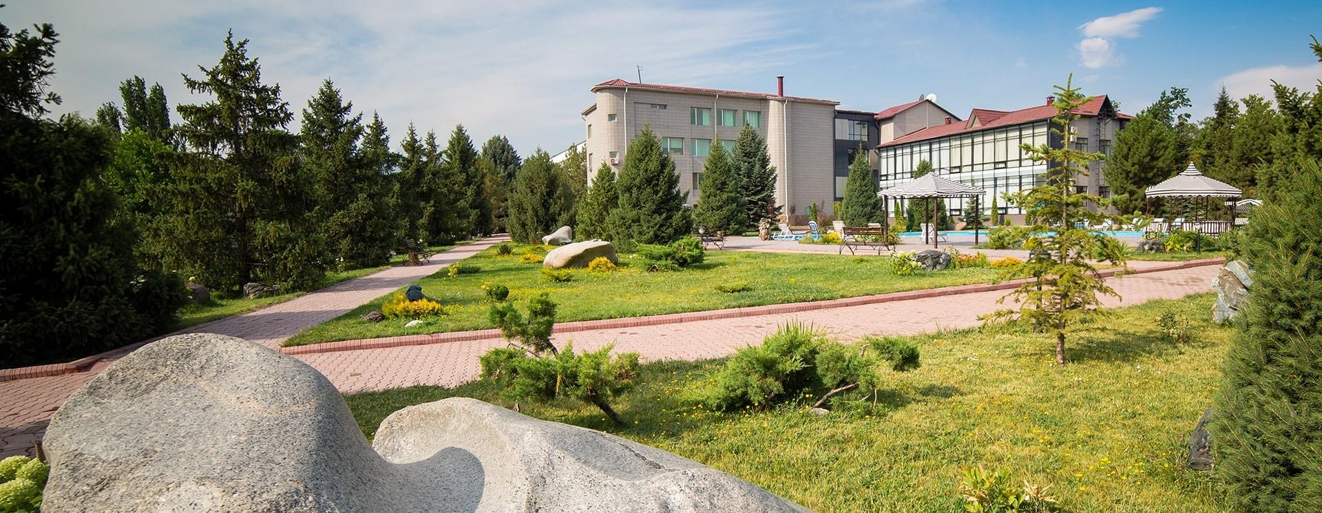 Рекреационная зона клиники Назаралиева